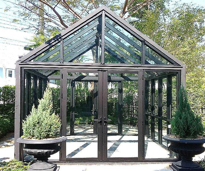 สกายไลท์ (Skylight) Glass House