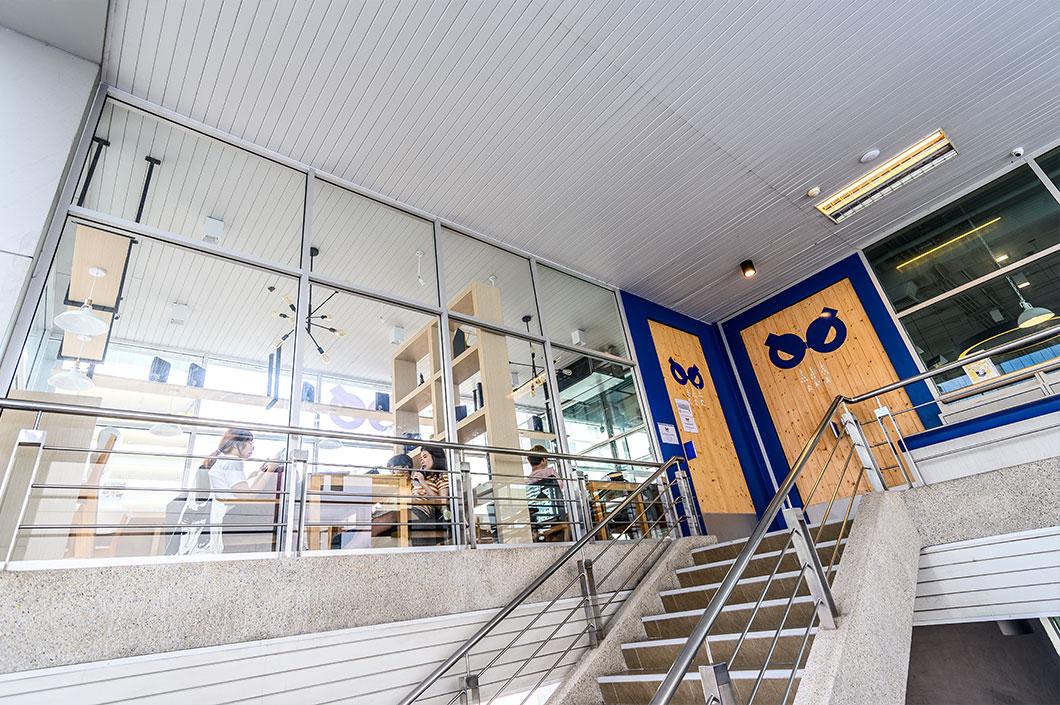 งานแผงภายนอกอาคาร Curtain Wall สี N/A เหมาะสำหรับติดตั้งภายนอกอาคาร แทนผนัง